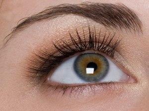 curling-eyelashes